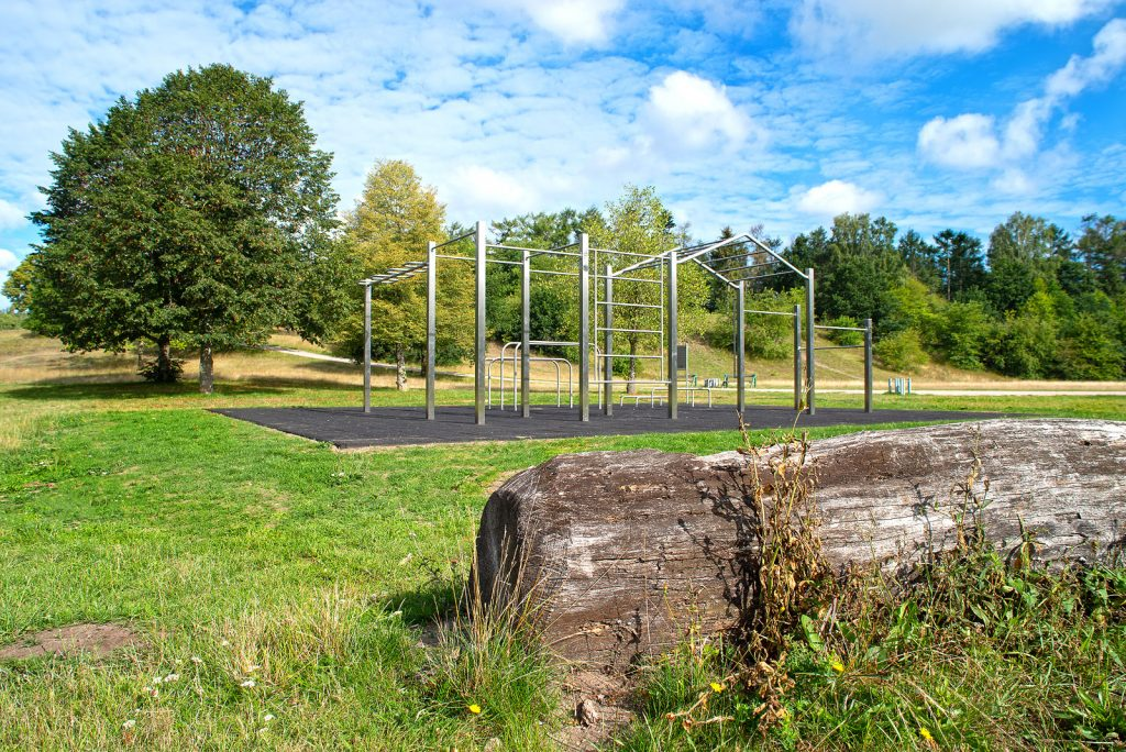 Calisthenics Park Kaltenkirchen aus Edelstahl von Custombars